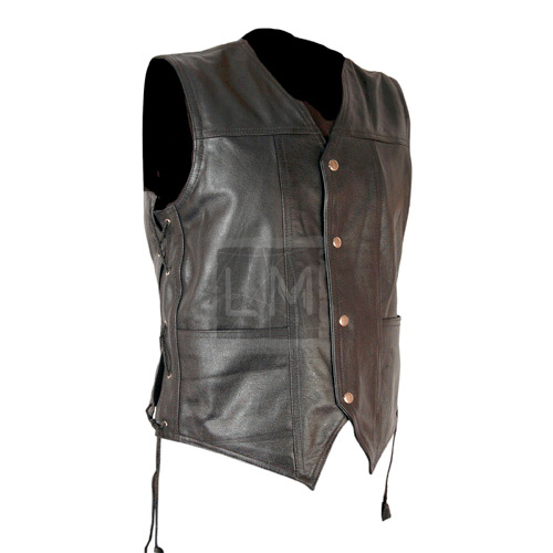 DARYL_DIXON_ANGEL_WING_LEATHER_VEST_2__33945-1.jpg